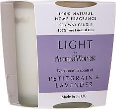 """Voňavky, Parfémy, kozmetika Vonná sviečka """"Petitgrain a levanduľa"""" - AromaWorks Light Range Petitgrain & Lavender Candle"""