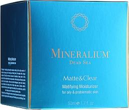 Voňavky, Parfémy, kozmetika Zmatňujúci hydratačný krém pre mastnú problémovú pokožku - Mineralium Dead Sea Matte & Clear