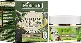 Voňavky, Parfémy, kozmetika Krém na kombinovanú a mastnú pleť - Bielenda Vege Skin Diet