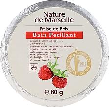 Voňavky, Parfémy, kozmetika Kúpeľová bomba s jahodovou vôňou - Nature de Marseille Strawberries