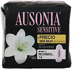 Voňavky, Parfémy, kozmetika Hygienické vložky, 14 ks - Ausonia Sensitive Normal With Wings
