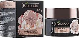 Voňavky, Parfémy, kozmetika Lifting-krém proti vráskam 50 + - Bielenda Camellia Oil Luxurious Lifting Cream 50+