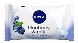 """Voňavky, Parfémy, kozmetika Hydratačné mydlo """"Čučoriedky a mlieko"""" - Nivea"""
