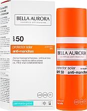 Voňavky, Parfémy, kozmetika Opaľovací fluid pre mastnú pleť - Bella Aurora Sunscreen Gel Oily Skin SPF50+