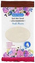 Voňavky, Parfémy, kozmetika Navlhčená utierka s arómou živých kvetov - Belle Nature Soft Wet Towel