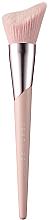 Voňavky, Parfémy, kozmetika Štetec pre konturing - Fenty Beauty Cheek-Hugging Highlight Brush 120