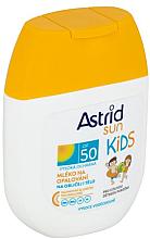 Voňavky, Parfémy, kozmetika Destké ochranné opaľovacie mliečko - Astrid Sun Kids Milk SPF 50