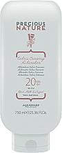 Voňavky, Parfémy, kozmetika Extra krémový aktivátor 20 obj. (6%) - Alfaparf Precious Nature Extra Creamy Activator 20 Volume