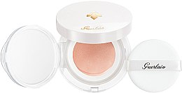 Voňavky, Parfémy, kozmetika Hydratačný kushion s efektom rannej rosy - Guerlain Abeille Royale Bee Glow Aqua Cushion