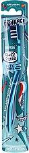 Voňavky, Parfémy, kozmetika Detská zubná kefka, 9-12 rokov, tmavomodrá - Aquafresh Advance