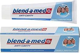 """Voňavky, Parfémy, kozmetika Zubná pasta """"Anti-kaz"""" pre celú rodinu - Blend-a-med Anti-Cavity Family Protect Toothpaste"""