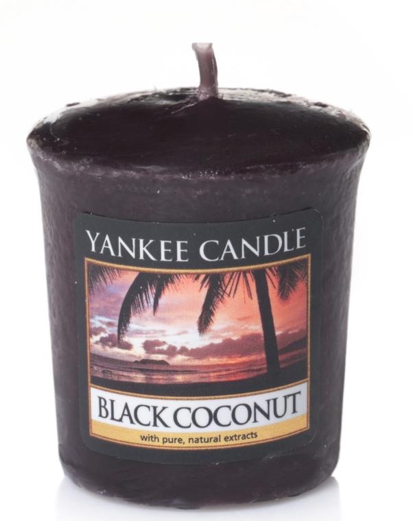 """Vonná sviečka """"Čierny kokos"""" - Yankee Candle Scented Votive Black Coconut — Obrázky N1"""