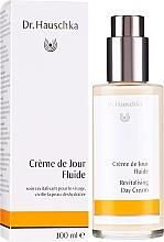 Voňavky, Parfémy, kozmetika Hydratačné čistiace prostriedky na tvár - Dr. Hauschka Revitalizing Day Cream