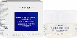 Voňavky, Parfémy, kozmetika Hydratačný krém s grecheskim yogurtom dlya normal'noy i kombinirovannoy kozhi 59/5000 s gréckym jogurtom pre normálnu až kombinovanú pokožku - Korres Greek Yoghurt Comfort Probiotic Moisturiser