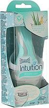Voňavky, Parfémy, kozmetika Strojček + 1 vymeniteľná kazeta - Wilkinson Sword Intuition Sensitive Care
