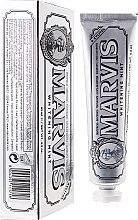 Voňavky, Parfémy, kozmetika Bieliaca zubná pasta s xylitolom - Marvis Whitening Mint + Xylitol
