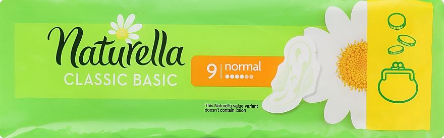Hygienické vložky s krídlami, 9 ks - Naturella Classic Basic Normal — Obrázky N1