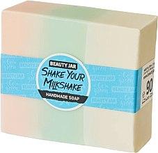 Voňavky, Parfémy, kozmetika Glycerínové mydlo s vôňou jahôd a smotany - Beauty Jar Shake Your Milkshake Handmade Soap