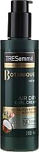 Voňavky, Parfémy, kozmetika Krém na úpravu vlnitých vlasov - Tresemme Botanique Air Dry Curl Cream