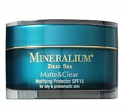 Voňavky, Parfémy, kozmetika Ochranný prostriedok s matným efektom - Mineralium Matte&Clear Matifying Protector SPF15
