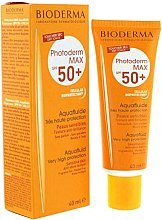 Voňavky, Parfémy, kozmetika Krém na opaľovanie pre citlivú pokožku - Bioderma Photoderm Max SPF50+ Aquafluid