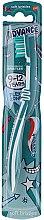 Voňavky, Parfémy, kozmetika Detská zubná kefka, 9 -12 rokov, bielo-tyrkysová - Aquafresh Advance Soft Bristles