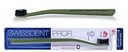 Voňavky, Parfémy, kozmetika Zubná kefka, stredne mäkká, zelená - SWISSDENT Profi Colours Soft-Medium Toothbrush Green&Black