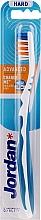 Voňavky, Parfémy, kozmetika Zubná kefka, tvrdá, bez vrchnáka, bielo-modrá - Jordan Advanced Toothbrush