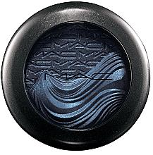 Voňavky, Parfémy, kozmetika Krémové očné tiene so žiarivým efektom - MAC Extra Dimension Eye Shadow