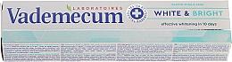 Voňavky, Parfémy, kozmetika Bieliaca zubná pasta s provitamínom - Vademecum Pro Vitamin Whitening Toothpaste