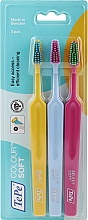 Voňavky, Parfémy, kozmetika Sada zubných kefiek, 3 ks, žltá + modrá + ružová - TePe Colour Soft