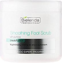 Voňavky, Parfémy, kozmetika Peeling na nohy - Bielenda Professional Podo Expert Program Smoothing Foot Scrub With Urea and Pumice