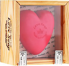 """Voňavky, Parfémy, kozmetika Prírodné mydlo """"Srdce"""" v darčekovej krabičke - Essencias De Portugal Love Soap Wooden Box"""