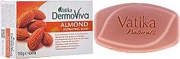 Voňavky, Parfémy, kozmetika Hydratačné mydlo s mandľami - Dabur Vatika DermoViva Almond Hydrating Soap