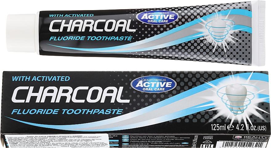 Zubná pasta s aktívnym uhlím - Beauty Formulas Charcoal Activated Fluoride Toothpaste