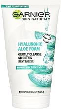 Voňavky, Parfémy, kozmetika Čistiaca hyalurónová aloe pena na umývanie normálnej až citlivej pokožky - Garnier Skin Naturals