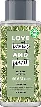 Voňavky, Parfémy, kozmetika Čistiaci šampón pre normálne a mastné vlasy - Love Beauty&Planet Delightful Detox Rosemary & Vetiver Vegan Shampoo