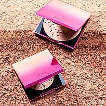 Trblietavý púdrový bronzer - Artdeco Glow Bronzer Sunset Limited Edition 2019 — Obrázky N4