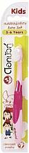 Voňavky, Parfémy, kozmetika Detská ultramäkká zubná kefka, ružová - Twin Lotus Dok Bua Ku Kids Toothbrush ExtraSoft