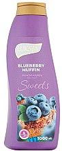Voňavky, Parfémy, kozmetika Pena do kúpeľa - Luksja Sweets Blueberry Muffin Bath Foam