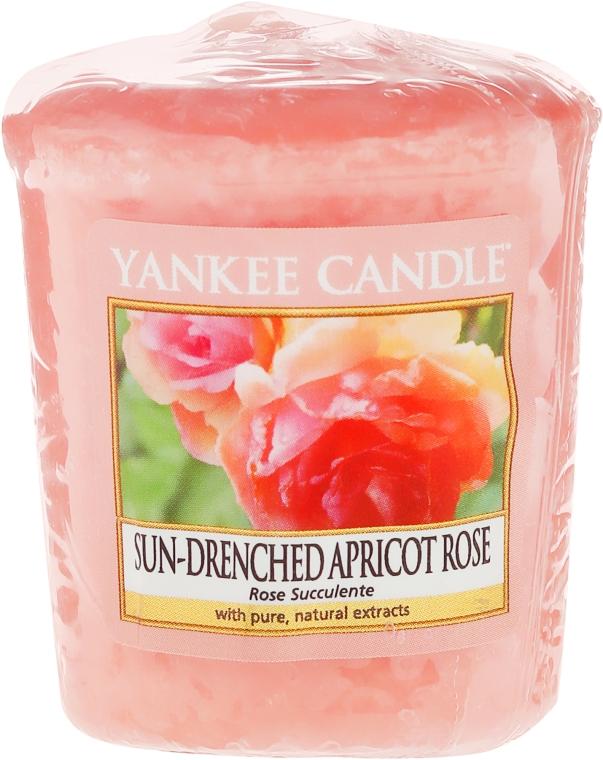 "Vonná sviečka ""Ruža"" - Yankee Candle Scented Votive Rose"
