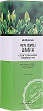Voňavky, Parfémy, kozmetika Pena so zeleným čajom  - Lebelage Green Tea Balancing Cleansing Foam