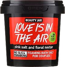 """Voňavky, Parfémy, kozmetika Peniaca sa soľ do kúpeľa """"Love Is In The Air"""" - Beauty Jar Foaming Bath Salt"""