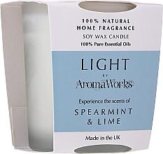 """Voňavky, Parfémy, kozmetika Vonná sviečka """"Mäta a limetka"""" - AromaWorks Light Range Spearmint & Lime Candle"""