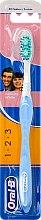 Voňavky, Parfémy, kozmetika Zubná kefka, azúrová - Oral-B 1 2 3 Delicat White 40 Medium