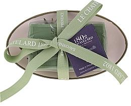 """Voňavky, Parfémy, kozmetika Oválne mydlo s keramickou mydlovničkou """"Oliva"""" - Le Chatelard 1802 Olive Soap"""