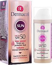 Voňavky, Parfémy, kozmetika Vodotesná kvapalina - Dermacol Sun WR Tinted Sun Protection Fluid SPF50