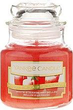 Voňavky, Parfémy, kozmetika Vonná sviečka v pohári - Yankee Candle White Strawberry Bellini